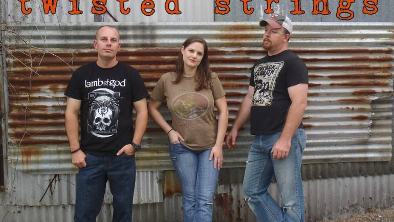 Live Music: Twisted Strings